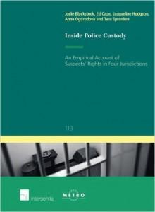 03-2015_boek_Inside_police_custody
